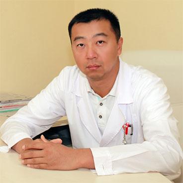 Главный врач центра